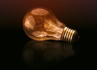 Co wpływa na ceny energii elektrycznej w 2019 roku?